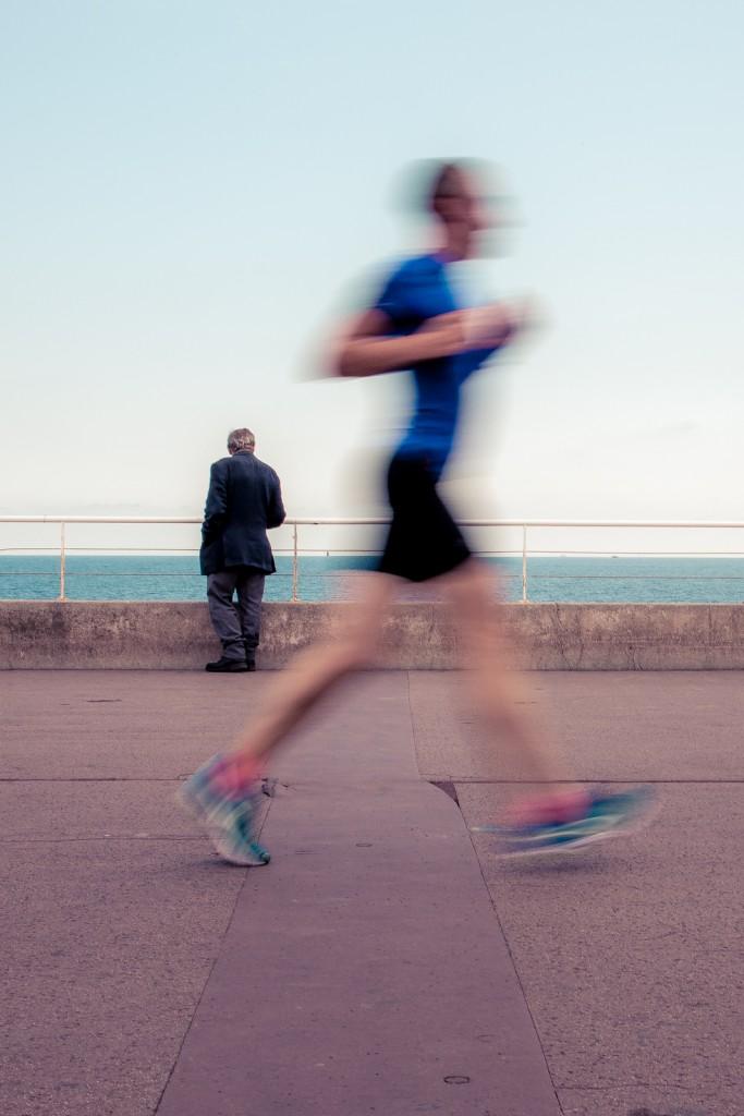 © Itineraires Photo f/22 1/20sec ISO-200 35mm - l\\\'opposition entre immobilité et mouvement