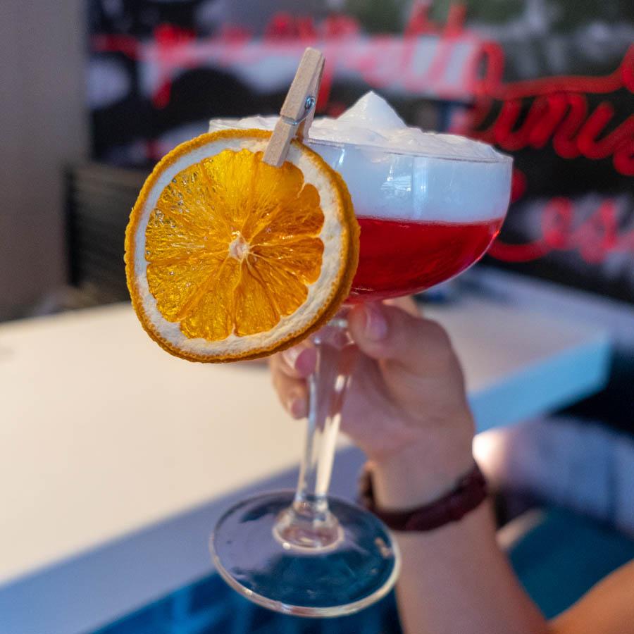 bar cocktail nice