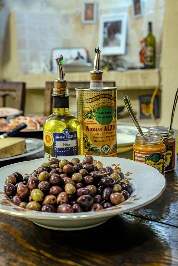 huile d'olive spécialité niçoise