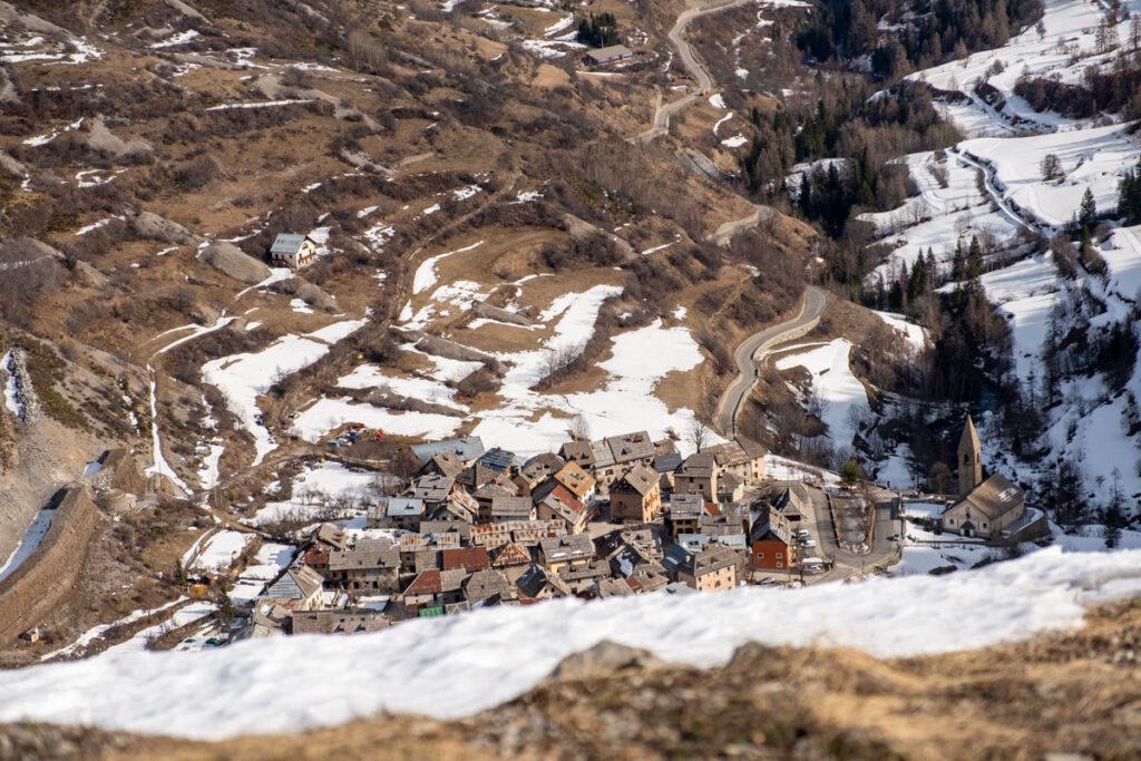 village saint dalmas le selvage