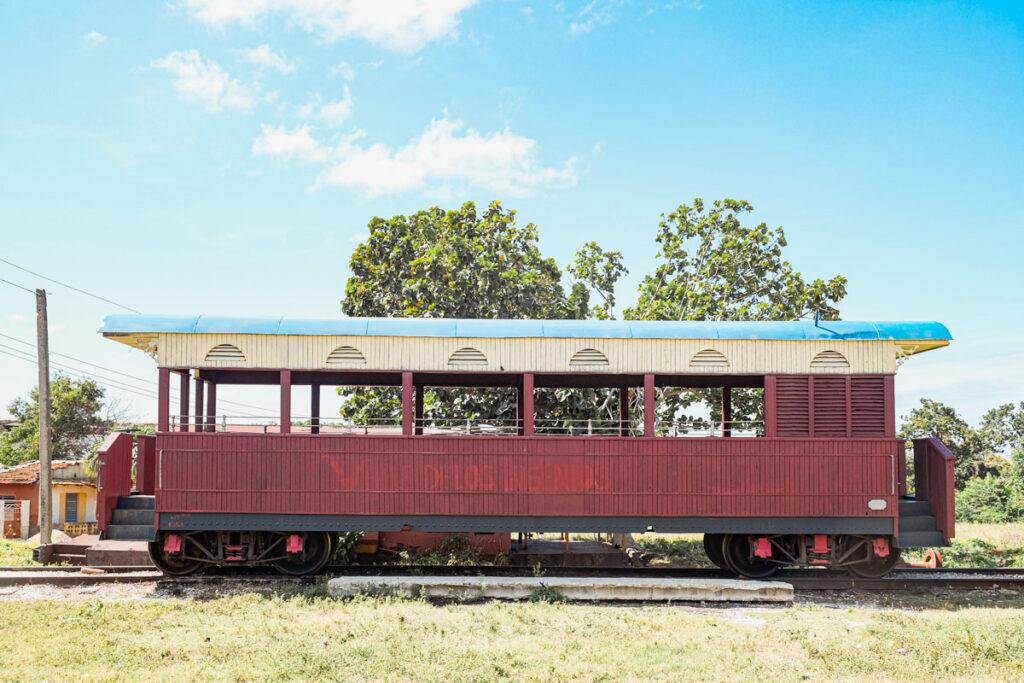 train trinidad cuba